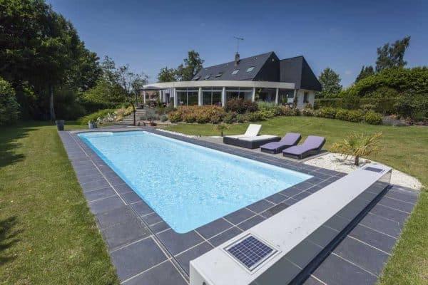 Construire une piscine : les 4 étapes clés