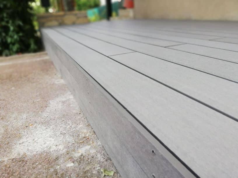 Comment fixer les lames de terrasse ?